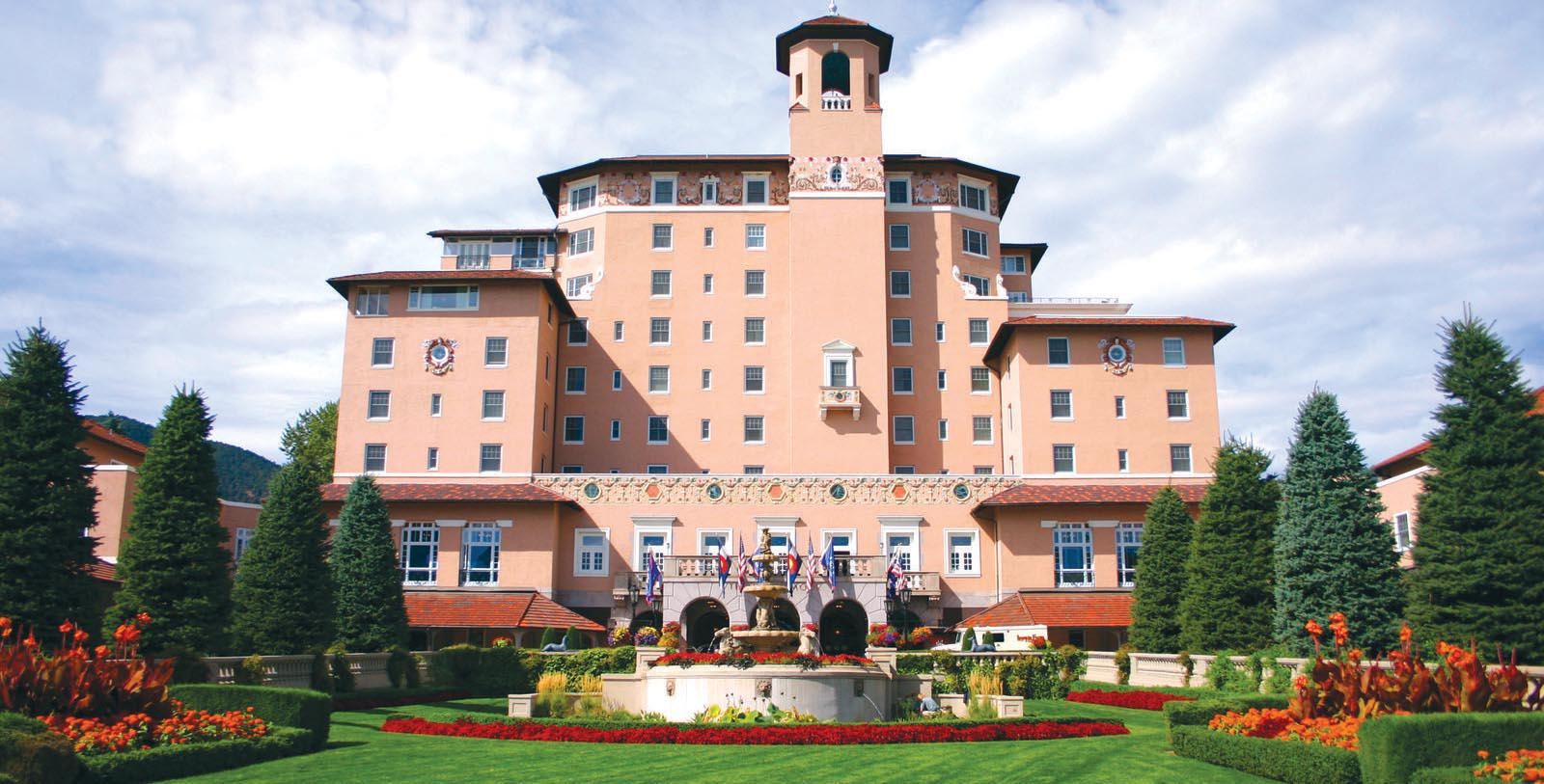Image of Entrance The Broadmoor, 1918, Member of Historic Hotels of America, in Colorado Springs, Colorado, Special Offers, Discounted Rates, Families, Romantic Escape, Honeymoons, Anniversaries, Reunions