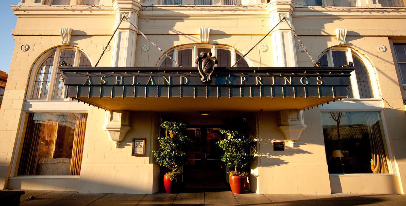 Image of Hotel Exterior at Ashland Springs Hotel, 1925, Member of Historic Hotels of America, in Ashland, Oregon, Special Offers, Discounted Rates, Families, Romantic Escape, Honeymoons, Anniversaries, Reunions