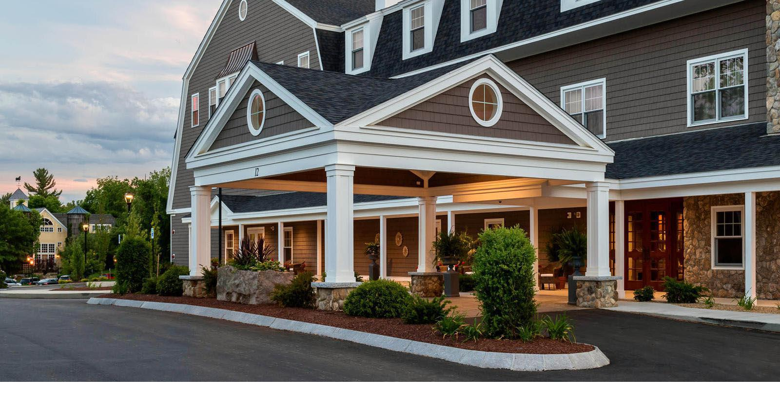 Image of Entrance The Bedford Village Inn, 1810, Member of Historic Hotels of America, in Bedford, New Hampshire, Special Offers, Discounted Rates, Families, Romantic Escape, Honeymoons, Anniversaries, Reunions