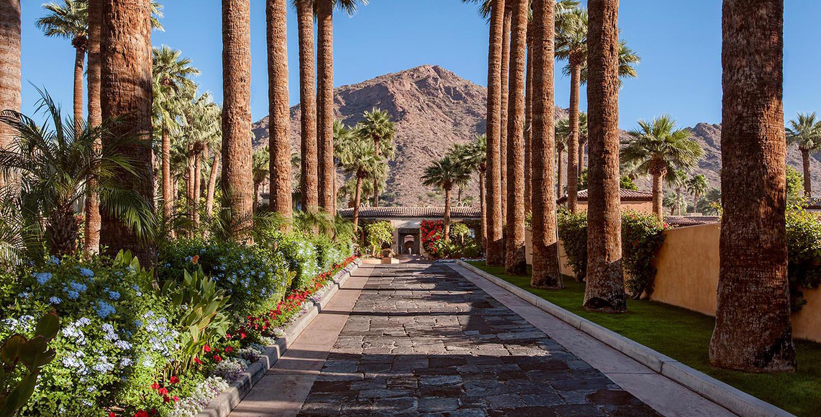 Image of Entrance to Royal Palms Resort and Spa, 1948, Member of Historic Hotels of America, in Phoenix Arizona, Special Offers, Discounted Rates, Families, Romantic Escape, Honeymoons, Anniversaries, Reunions