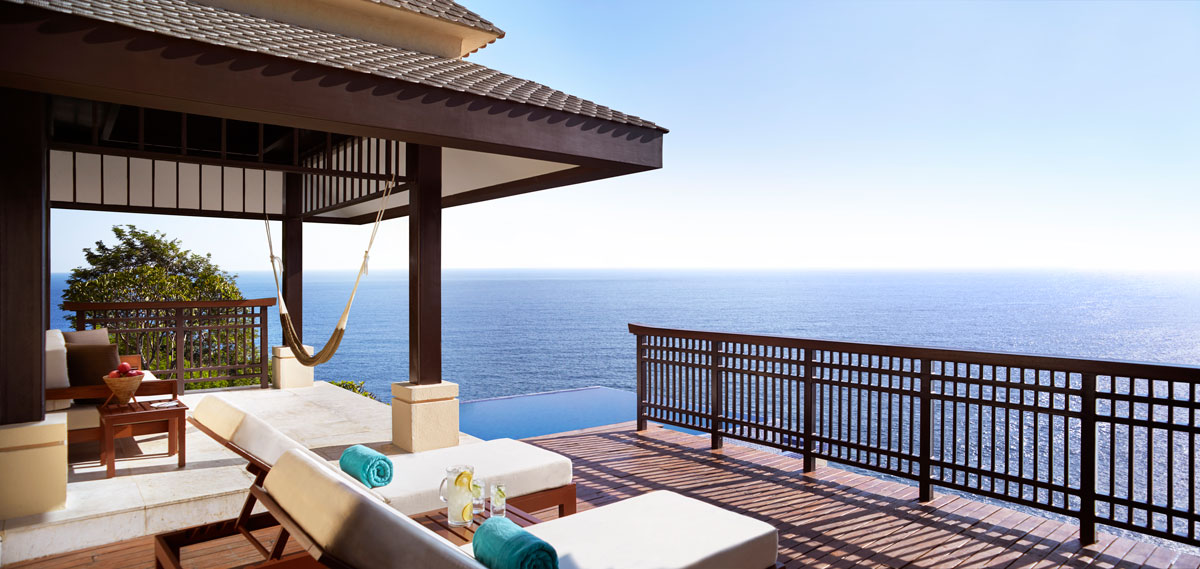 Accommodations:      Banyan Tree Cabo Marqués  in Acapulco