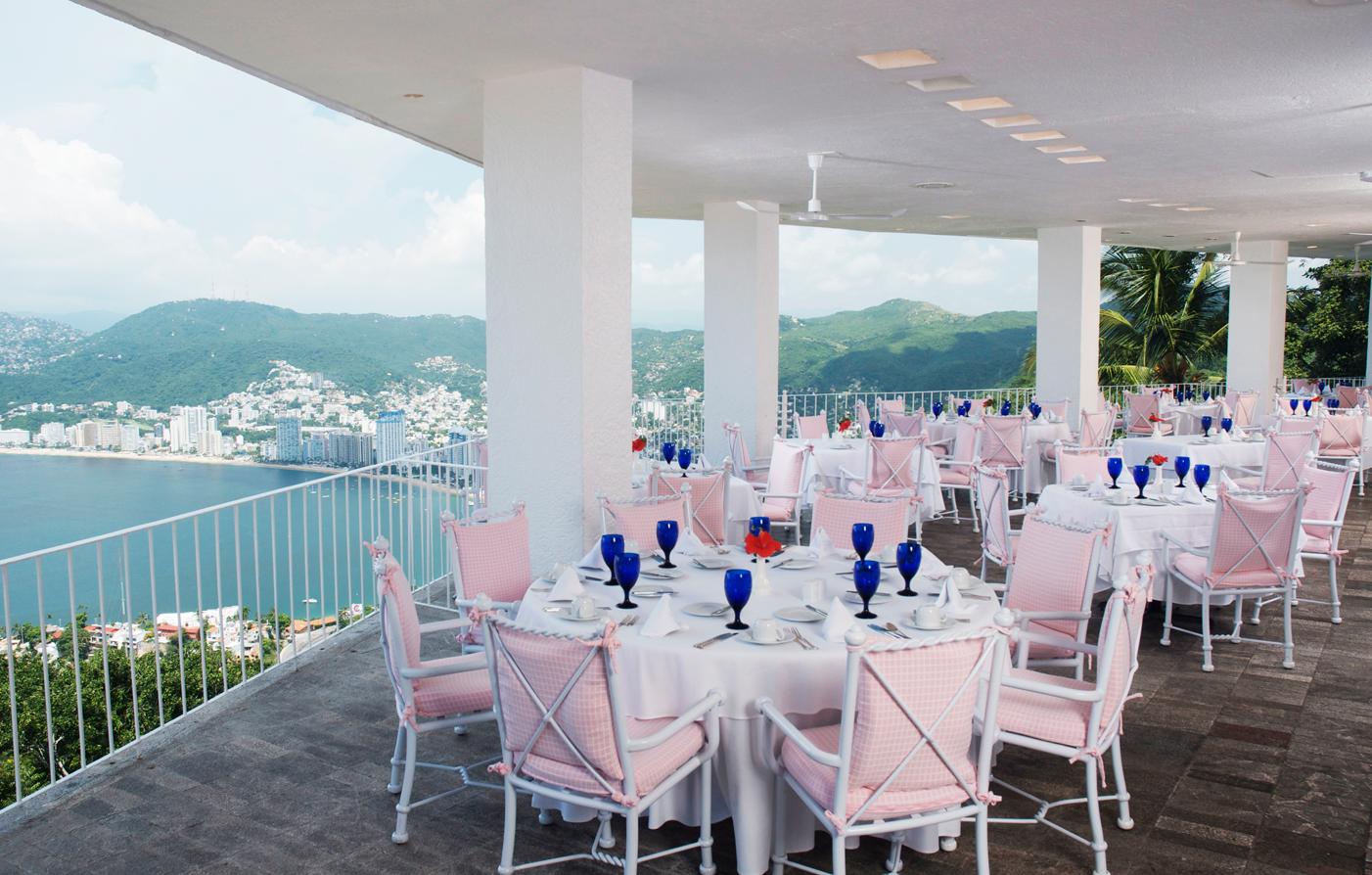 Dining Las Brisas Acapulco In