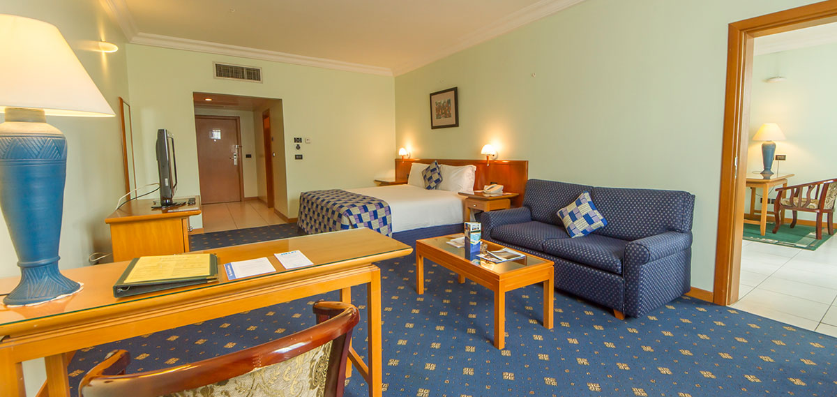 Accommodations:      Fiesta Royale Hotel  in Accra