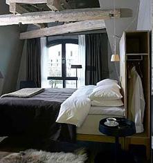 Accommodations:      Hotel Brosundet  in Alesund