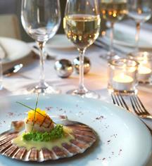 Dining at      Hotel Brosundet  in Alesund