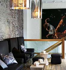 History:      Hotel Brosundet  in Alesund