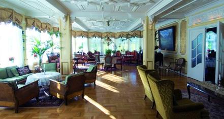 Meetings at      Hotel Union Øye  in Norangsfjorden