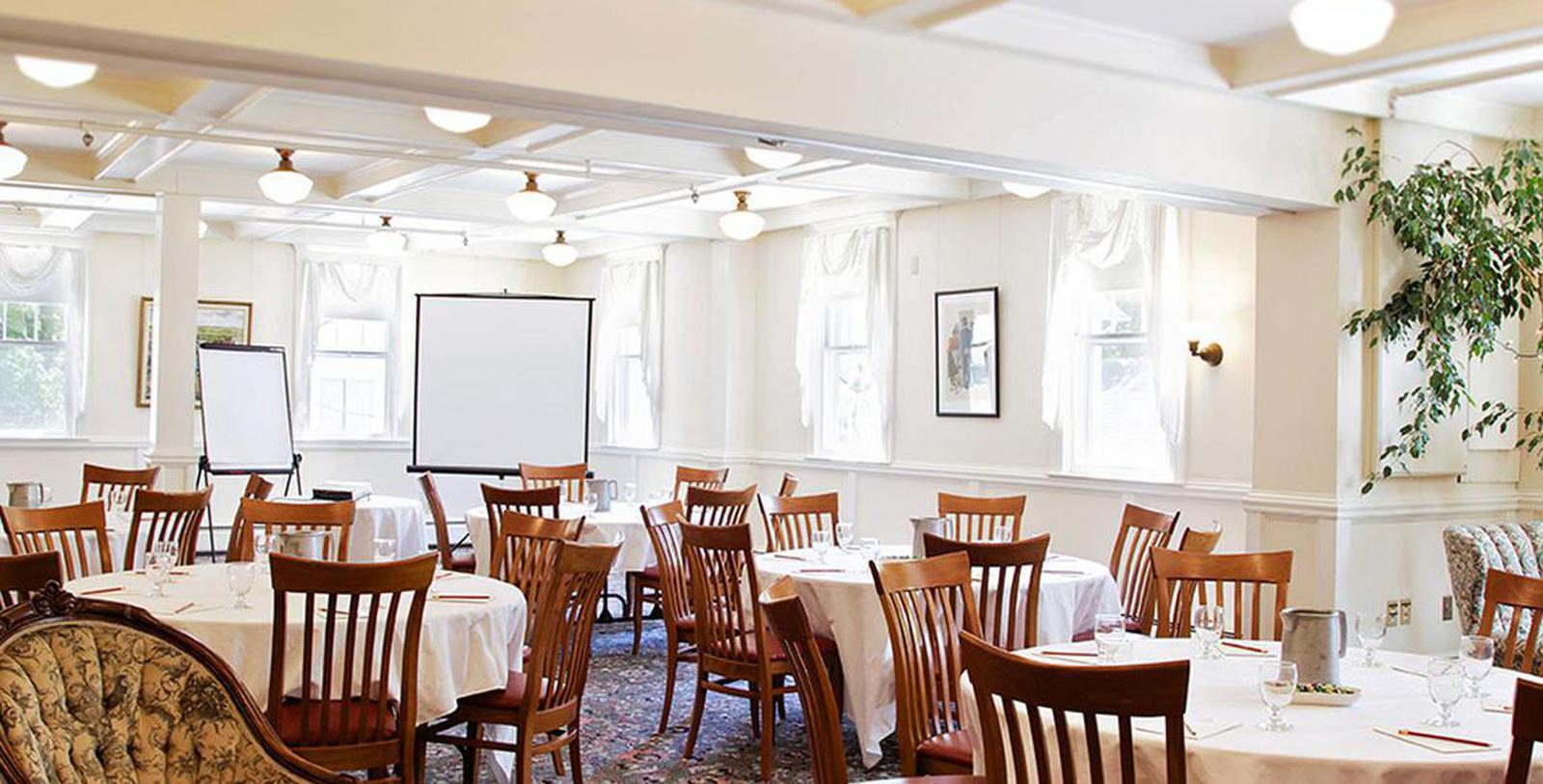 Image of Hitchcock Room at The Red Lion Inn, 1773, Member of Historic Hotels of America, in Stockbridge, Massachusetts, Experience