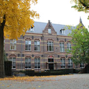 Book a stay with The College Hotel in Amsterdam