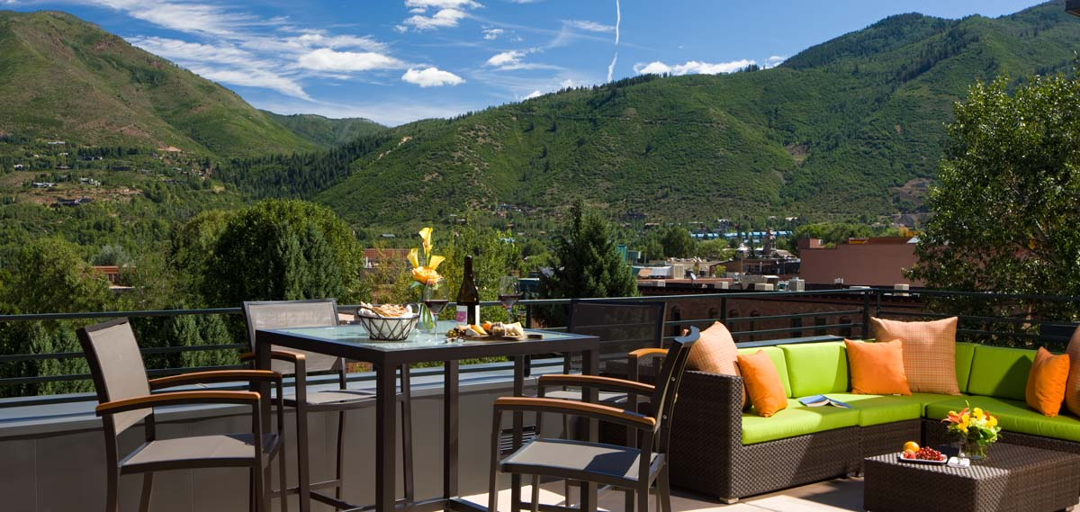 Customer Reviews:      The Limelight Hotel  in Aspen