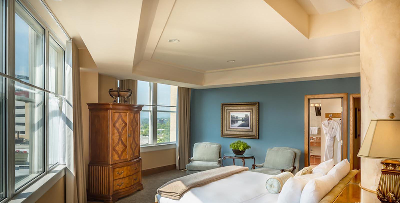 Image of guestroom suite Haywood Park, 1923, Member of Historic Hotels of America, in Asheville, North Carolina, Explore