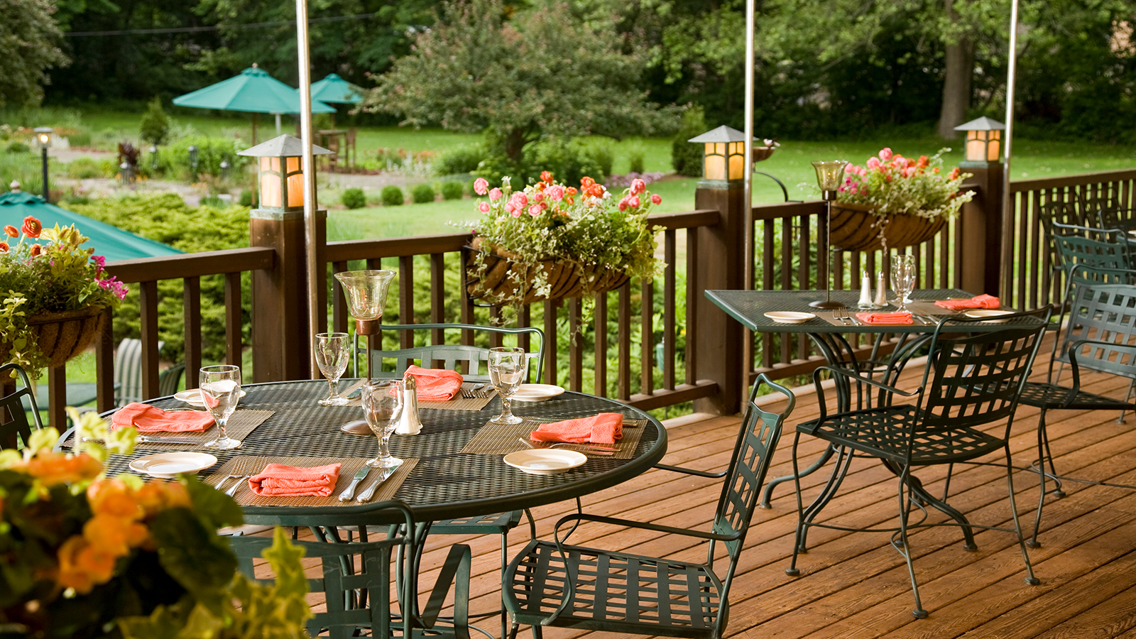 Image of the Settlers Inn Restaurant in Hawley, Pennsylvania