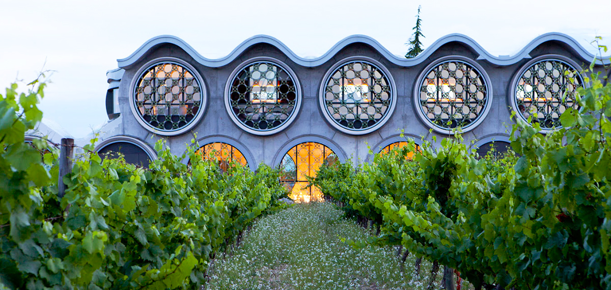 Special Offers:      Cava and Hotel Mastinell  in Vilafranca del Penedes