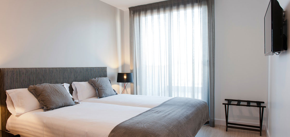 Accommodations:      MH Apartments Barcelona Serviced Residence  in Barcelona