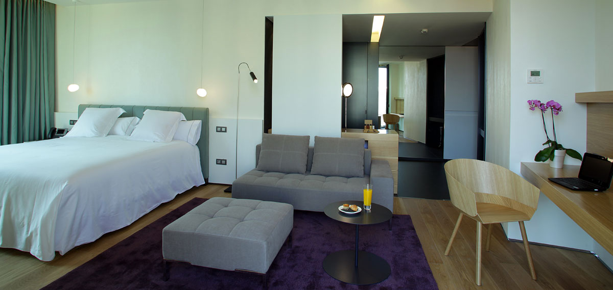 Accommodations:      Hotel Ohla Barcelona  in Barcelona