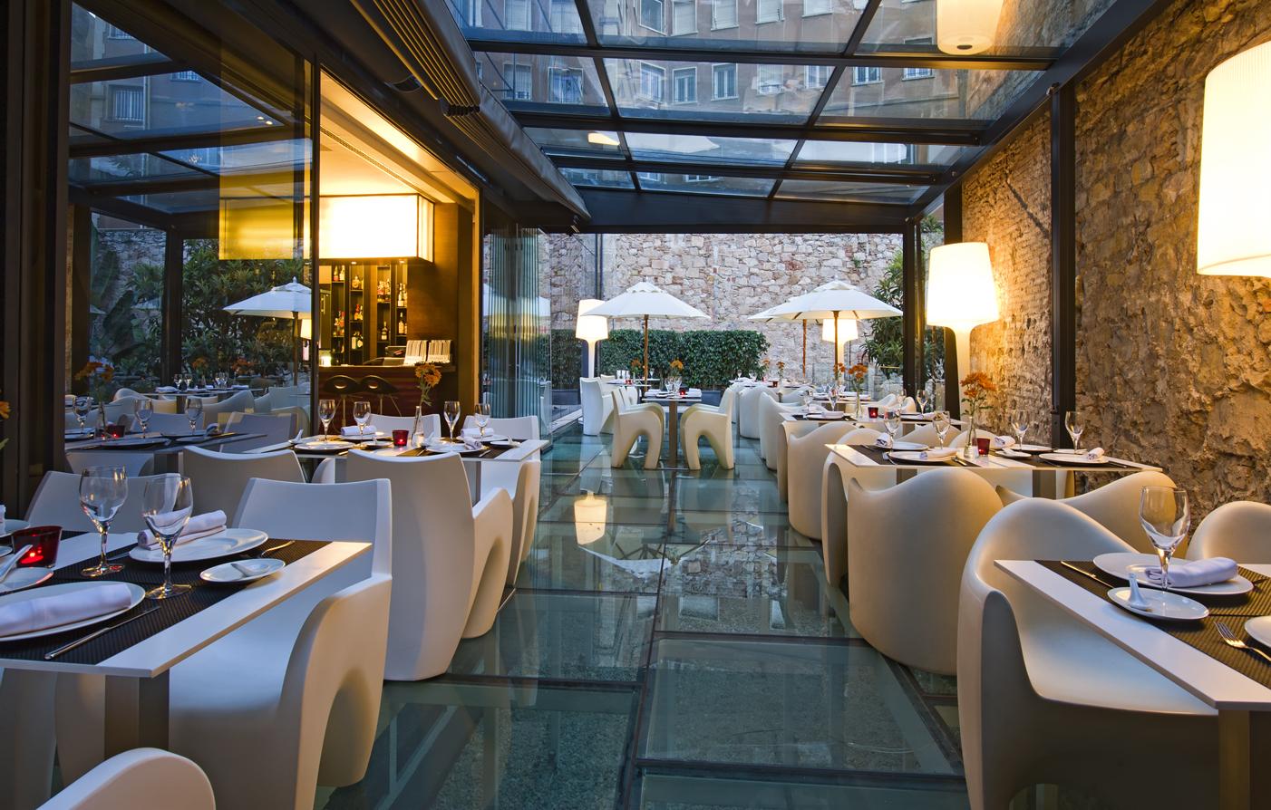 Dining Olivia Plaza Hotel In Barcelona