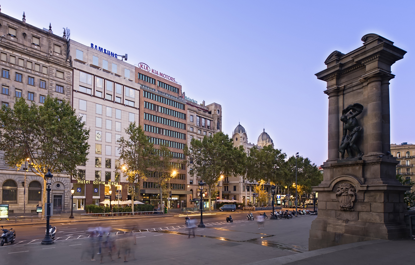 Luxury barcelona hotels olivia plaza hotel playa for Hotel plaza barcelona