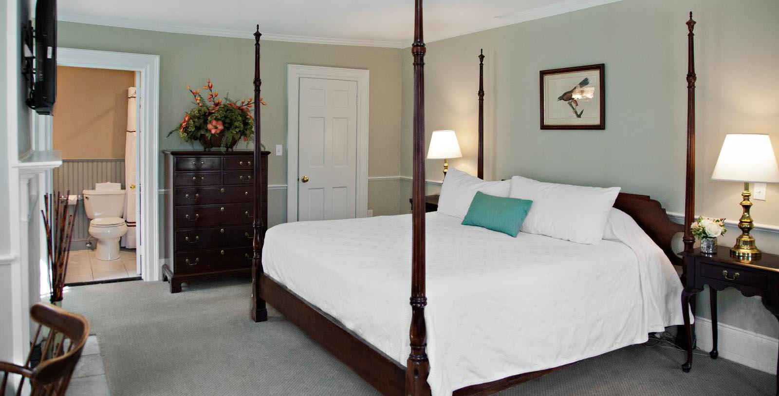 Image of Guestroom at Concord's Colonial Inn, 1716, Member of Historic Hotels of America, in Concord, Massachusetts Location Map