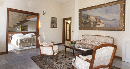 Accommodations:      Hotel Moskva  in Belgrade