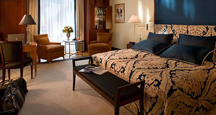 Accommodations:      Hotel Adlon Kempinski  in Berlin