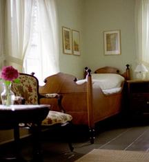 Accommodations:      Utne Hotel  in Utne