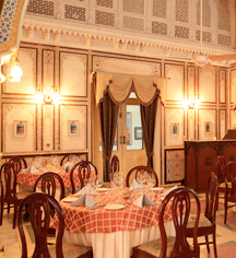 Weddings:      Laxmi Niwas Palace  in Bikaner