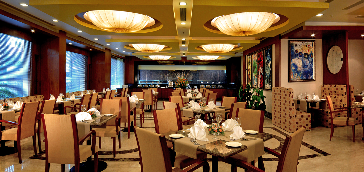 Dining:      Fortune Select JP Cosmos Hotel  in Bengaluru