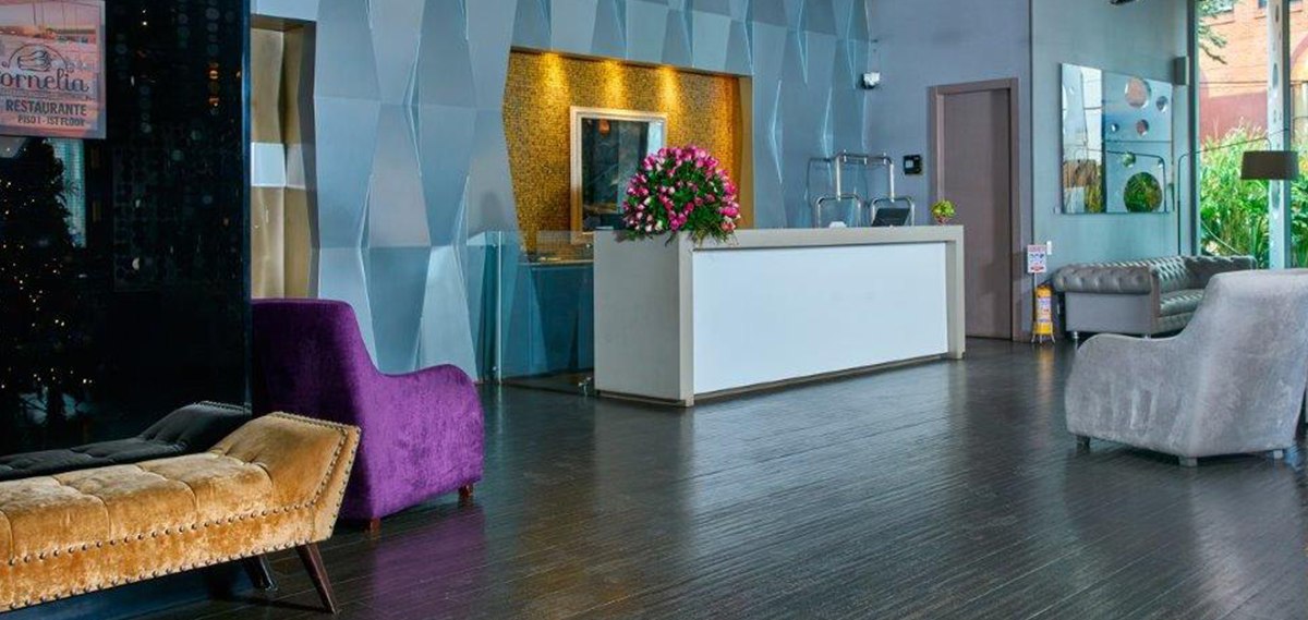 Bogot modern hotel 100 luxury suites for Hotel luxury 100 bogota