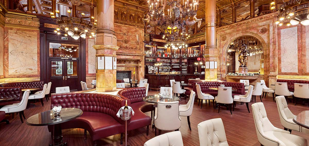 Dining:      Hotel Metropole  in Brussels