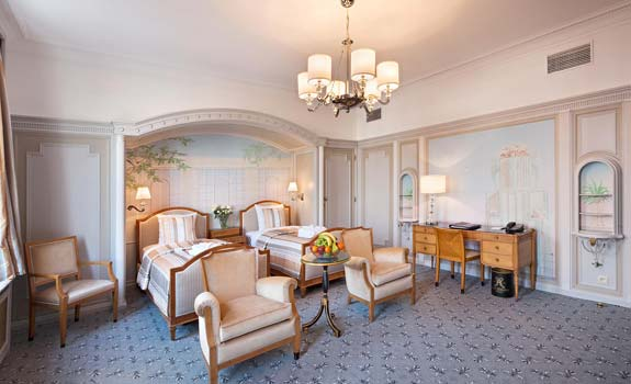 Hotel Metropole  - Accommodations