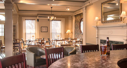 Dining at      The Middlebury Inn  in Middlebury