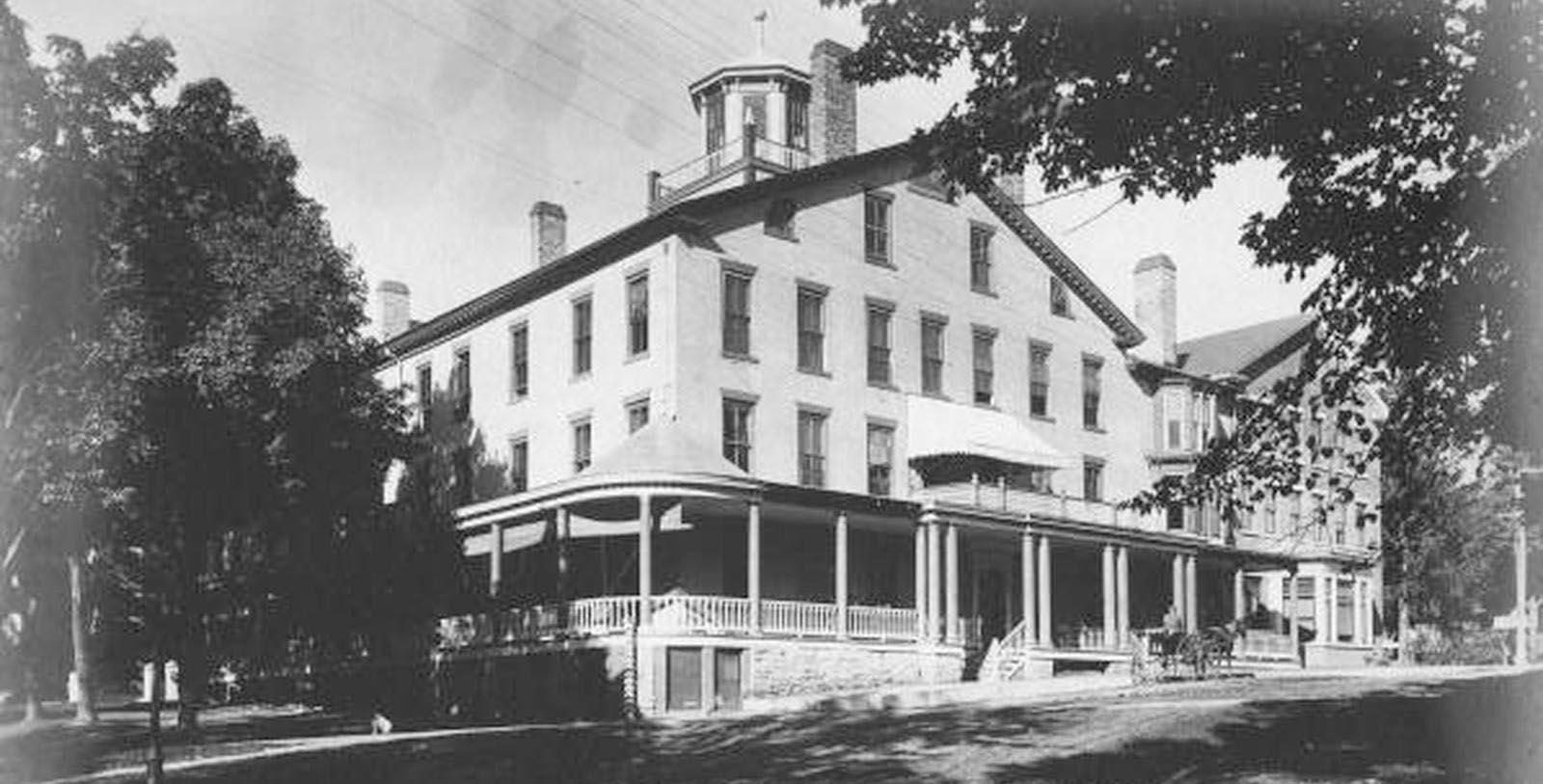 Historic Image of Hotel Exterior The Middlebury Inn, 1827, Member of Historic Hotels of America, in Middlebury, Vermont, Discover