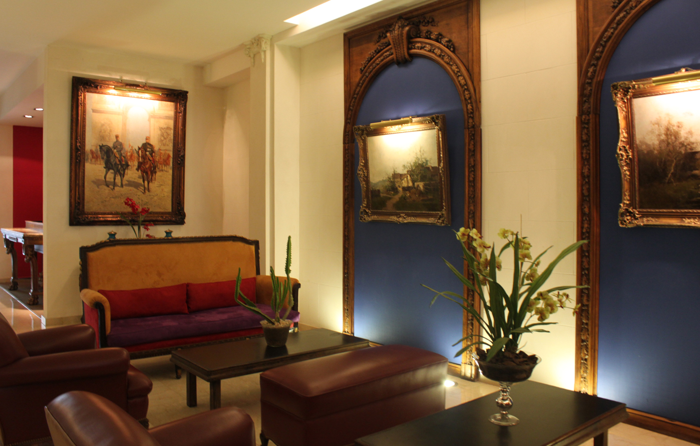 Special Offers:      Hotel Club Francés Buenos Aires  in Buenos Aires