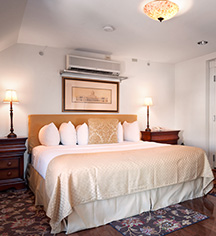 Accommodations:      Hotel Brexton  in Baltimore