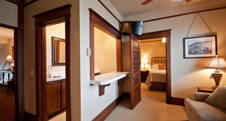 Accommodations:      Sacajawea Hotel  in Three Forks