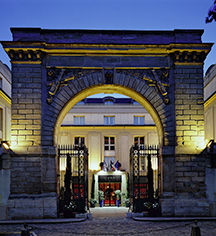 Local Attractions:      Hôtel Le Louis Versailles Château - MGallery by Sofitel  in Versailles