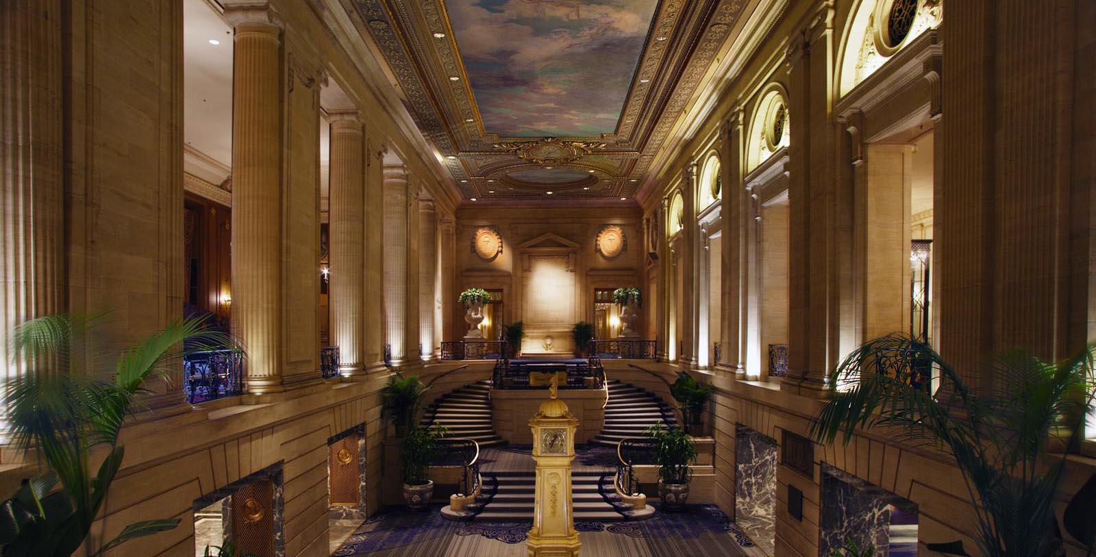 Image of hotel lobby Hilton Chicago, 1927, Member of Historic Hotels of America, in Chicago, Illinois, Discover