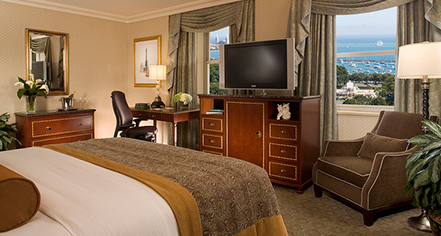 Executive rooms at hilton chicago chicago illinois for Book a hotel room in chicago