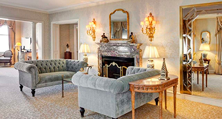 Suites at the drake hotel chicago illinois for Drake hotel decor