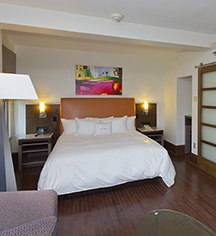 Suites At The Tudor Arms Hotel Cleveland A Doubletree By