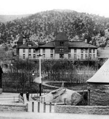 History:      The Cliff House at Pikes Peak  in Manitou Springs