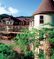Weddings:      The Cliff House at Pikes Peak  in Manitou Springs