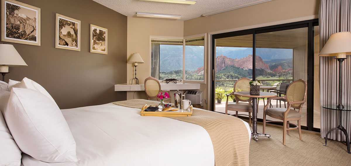 Accommodations:      Garden of the Gods Club and Resort  in Colorado Springs