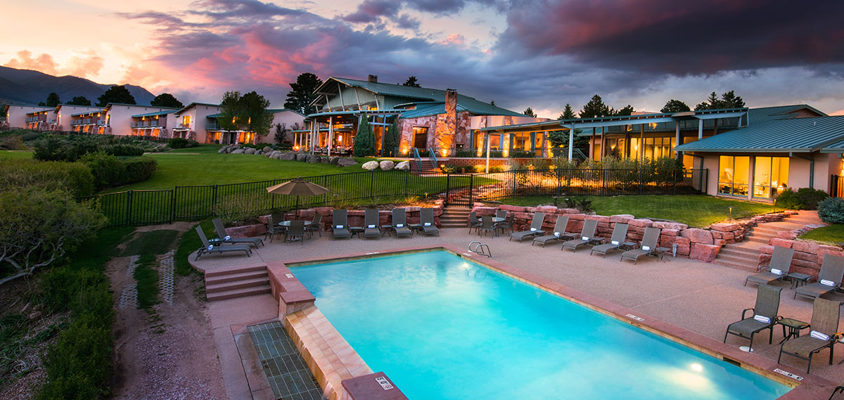 Special Offers:      Garden of the Gods Club and Resort  in Colorado Springs