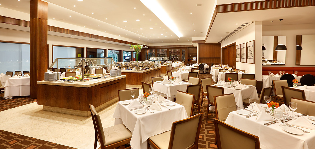 Dining:      Royal Palm Plaza Resort Campinas  in Campinas