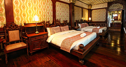 Accommodations:      Las Casas Filipinas de Acuzar  in Bagac