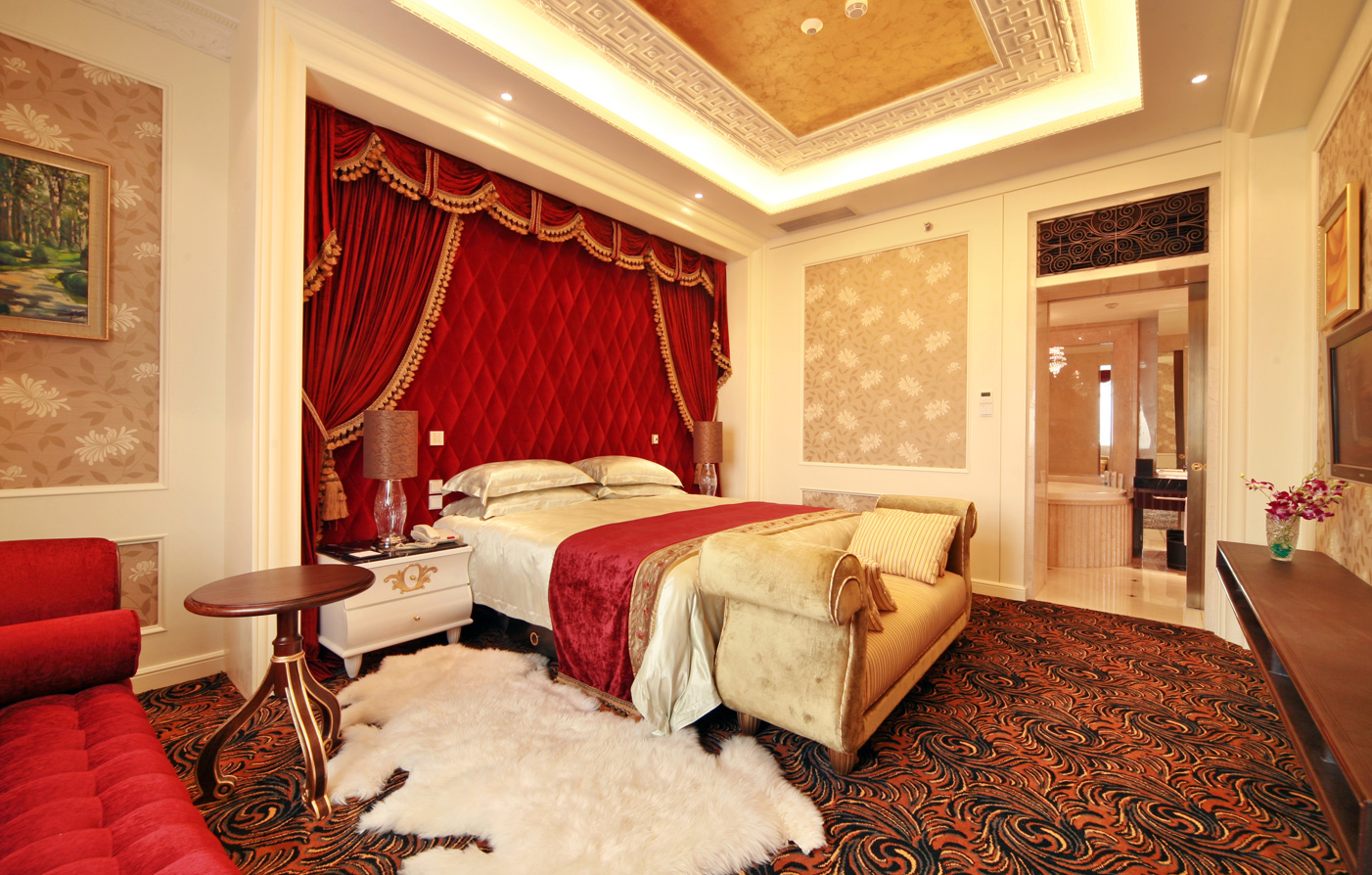 Accommodations:      Jinjiang Hotel  in Chengdu