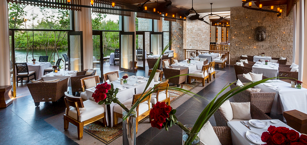Dining:      Banyan Tree Mayakoba  in Playa del Carmen