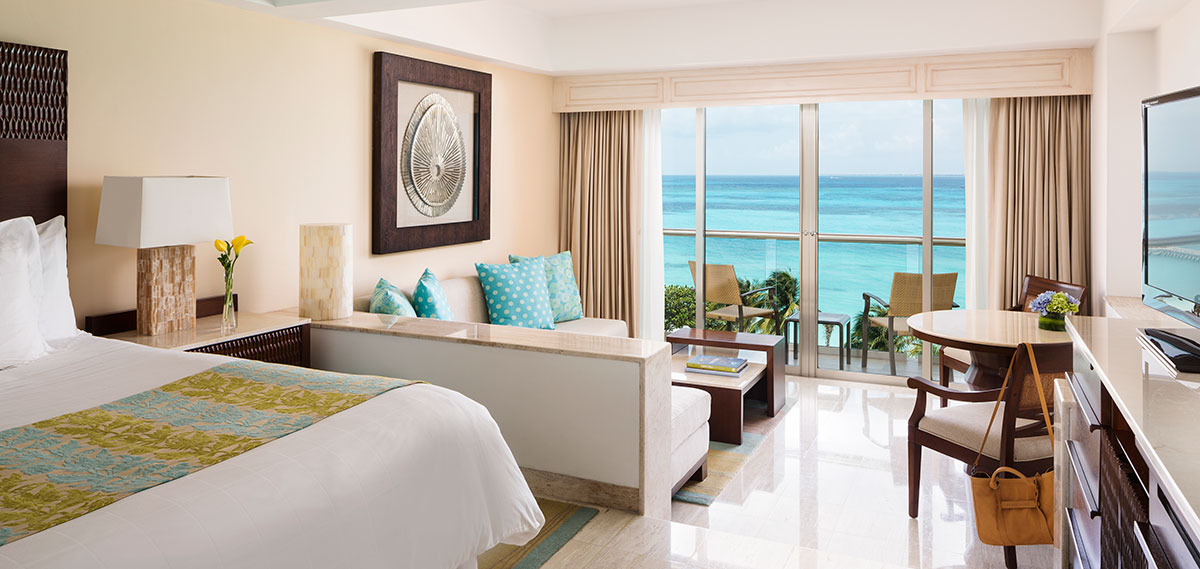 Accommodations:      Grand Fiesta Americana Coral Beach Cancun  in Cancun