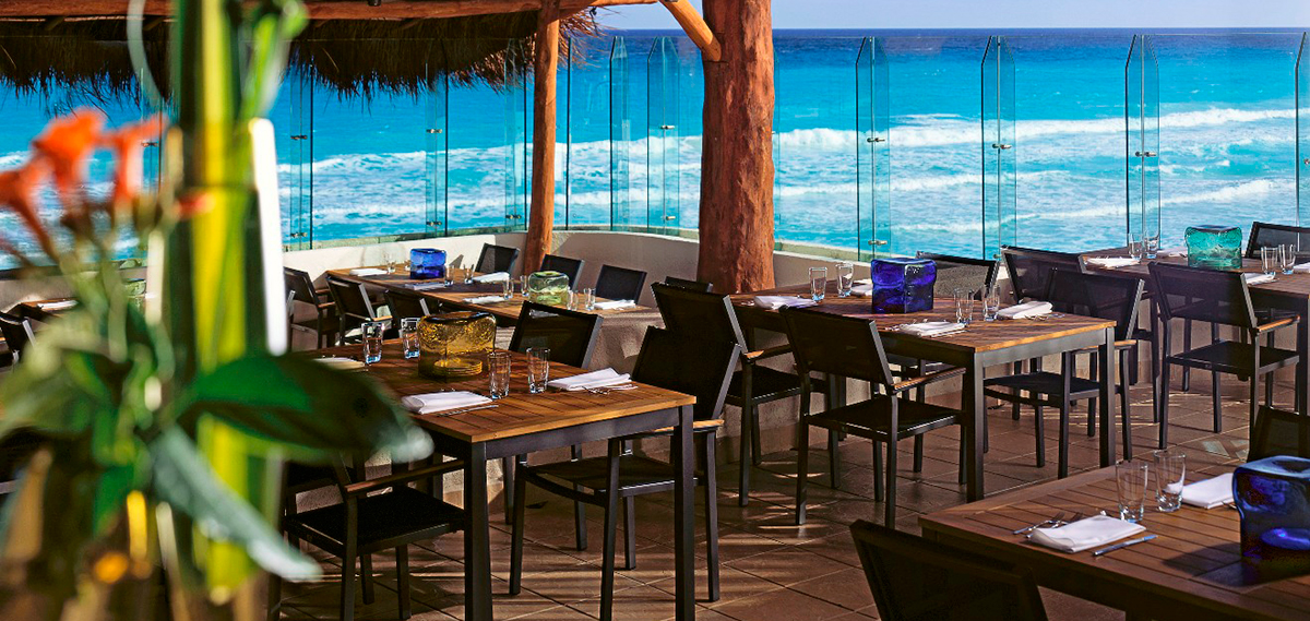 Hidden garden restaurant live aqua cancun all inclusive adults only for Live aqua cancun garden view room